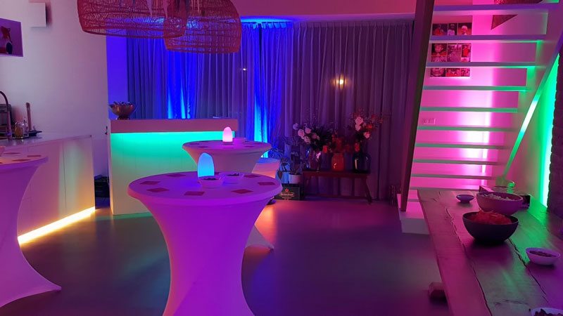 Club-lounge-party thuis