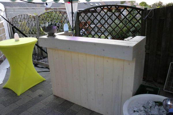 bar in tuin