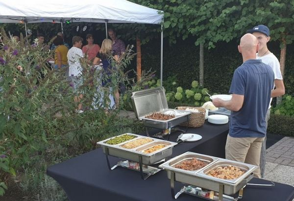 verzorgde catering thuis